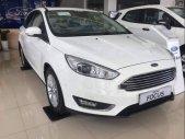 Bán Ford Focus năm sản xuất 2019, màu trắng, giá chỉ 710 triệu giá 710 triệu tại Hà Nội