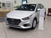 Bán Hyundai Accent 1.4 MT Base đời 2019, màu bạc, giá 427tr giá 427 triệu tại Tp.HCM