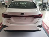 Bán ô tô Kia Cerato Standard AT đời 2019, màu trắng giá 589 triệu tại Quảng Ngãi