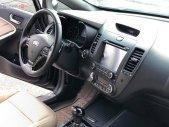 Cần bán lại xe Kia Cerato 2.0AT sản xuất 2016, màu đen, giá chỉ 575 triệu giá 575 triệu tại Hải Dương