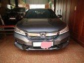 Gia đình cần bán xe Honda Accord 2018, số tự động, màu xám giá 1 tỷ 65 tr tại Tp.HCM
