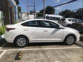 Cần bán Hyundai Accent sản xuất 2019, màu trắng, tiện nghi, êm ái giá 426 triệu tại Cần Thơ