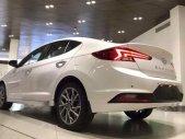 Cần bán xe Hyundai Elantra đời 2019, màu trắng, giá tốt giá 580 triệu tại Quảng Nam