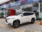 Cần bán xe Mitsubishi Outlander CVT đời 2019, màu trắng, nhập khẩu chính hãng giá 906 triệu tại Quảng Nam