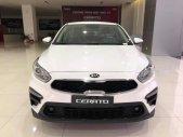 Cần bán xe Kia Cerato đời 2019, màu trắng giá 559 triệu tại Cần Thơ