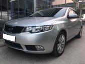 Gia đình cần bán Kia Cerato 2010, số tự động, màu bạc giá 256 triệu tại Tp.HCM