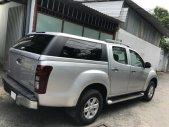 Gia đình cần bán xe Dmax 2015, số sàn, máy dầu, màu bạc giá 423 triệu tại Tp.HCM