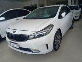 Cần bán gấp Kia Cerato đời 2018, màu trắng, giá chỉ 510 tr giá 510 triệu tại Tp.HCM