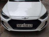 Cần bán Hyundai Elantra 1.6AT năm 2019, màu trắng giá 620 triệu tại Hà Nội