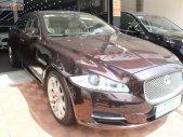 Bán xe Jaguar XJ sản xuất 2011, màu tím, nhập khẩu chính hãng giá 1 tỷ 850 tr tại Tp.HCM