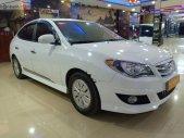 Cần bán gấp Hyundai Avante 1.6 MT 2013, màu trắng, như mới, 350tr giá 350 triệu tại Đắk Lắk