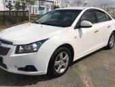 Cần bán lại xe Chevrolet Cruze MT năm 2014, màu trắng, giá chỉ 335 triệu giá 335 triệu tại TT - Huế