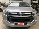 Cần bán lại xe Toyota Innova 2.0E đời 2018, màu bạc giá 720 triệu tại Tp.HCM
