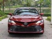 Cần bán nhanh chiếc xe Toyota Camry 2.5Q, sản xuất 2019, màu trắng, nhập khẩu nguyên chiếc giá 1 tỷ 200 tr tại Hải Phòng