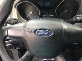 Cần bán xe Ford Focus sản xuất năm 2014, màu trắng số sàn giá 345 triệu tại Tp.HCM
