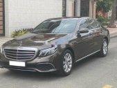 Cần bán lại chiếc xe Mercedes-Benz E300, sản xuất 2009, giá ưu đãi giá 980 triệu tại Tp.HCM