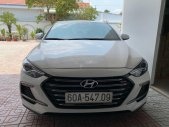 Bán Hyundai Elantra năm sản xuất 2018, màu trắng giá 640 triệu tại Tp.HCM