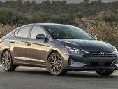 Hyundai Ngọc Phát cần bán xe Hyundai Elantra 1.6 MT sản xuất 2020, màu ghi xám giá 560 triệu tại Đồng Nai