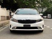 Cần bán Kia Cerato 2.0 năm 2016, màu trắng giá 555 triệu tại Hà Nội