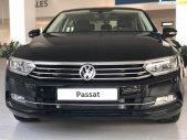 Bán xe Volkswagen Passat Bluemotion Comfort đời 2018, màu đen, hỗ trợ trả góp 80% giá trị xe giá 1 tỷ 380 tr tại Quảng Ninh
