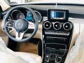 Bán Mercedes C 180 đời 2020, màu trắng giá 1 tỷ 400 tr tại Quảng Ninh