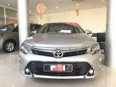Bán ô tô Toyota Camry 2.0E sản xuất 2017, màu bạc Biển Sg odo 49000km Giá Siêu Đẹp giá 860 triệu tại Tp.HCM