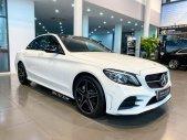 Cần bán Mercedes C300 AMG đời 2021, màu trắng giá 1 tỷ 950 tr tại Hà Nội