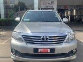 Cần bán lại xe Toyota Fortuner 2.7V đời 2012, màu bạc giá 560 triệu tại Tp.HCM