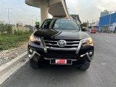 Bán Toyota Fortuner 2.7V 1 Cầu 2017, màu nâu, xe nhập, biển SG - chuẩn 61.000km giá 940 triệu tại Tp.HCM