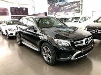 Cần bán gấp Mercedes GLC200 Đen 2018 chạy lướt giá tốt giá 1 tỷ 699 tr tại Hà Nội
