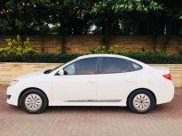 Chính chủ bán Hyundai Avante đời 2014, màu trắng giá 365 triệu tại Hà Nội