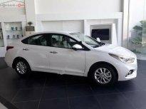 Bán xe Hyundai Accent 1.4 MT 2018, màu trắng, giá chỉ 480 triệu giá 480 triệu tại Tp.HCM