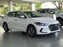Bán Hyundai Elantra 2018, màu trắng giá 549 triệu tại Đà Nẵng