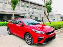Cần bán Kia Cerato 1.6 AT Delu đời 2019, màu đỏ giá 635 triệu tại Hà Nội