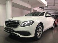 Bán Mercedes-Benz E200 2017 cũ, màu trắng/nội thất nâu.. tốt nhất, giao ngay giá 1 tỷ 860 tr tại Tp.HCM