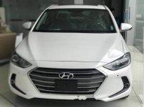 Bán ô tô Hyundai Elantra năm 2018, màu trắng giá 624 triệu tại TT - Huế