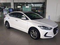 200 triệu - Cần Thơ - Hyundai Elantra 1.6 AT - màu trắng giá 639 triệu tại Cần Thơ
