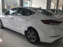 Cần bán Hyundai Elantra 1.6 AT đời 2018, màu trắng giá 620 triệu tại Ninh Bình