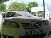 Gia đình bán Hyundai Avante đời 2013, màu trắng giá 368 triệu tại Ninh Thuận