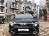 Cần bán Toyota Camry 2.0E sản xuất 2018, màu đen giá 1 tỷ 30 tr tại Hà Nội
