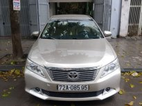 Cần bán Toyota Camry 2.0 AT đời 2013, màu bạc, giá chỉ 710 triệu giá 710 triệu tại Hà Nội