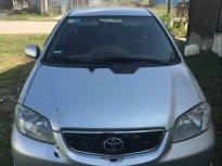 Cần bán Toyota Vios MT đời 2004, màu bạc, xe từ trong ra ngoài dùng bình thường giá 155 triệu tại TT - Huế