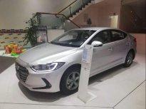 Cần bán Hyundai Elantra năm 2019, màu bạc giá 549 triệu tại Đà Nẵng