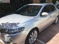 Cần bán gấp Kia Forte AT đời 2011, màu bạc giá 385 triệu tại Đồng Nai