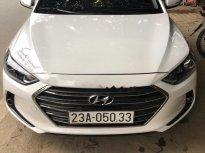Cần bán gấp Hyundai Elantra 1.6 MT đời 2017, màu trắng  giá 520 triệu tại Thái Nguyên