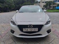 Cần bán xe Mazda 3 sản xuất 2017, màu trắng, nhập khẩu giá 600 triệu tại TT - Huế