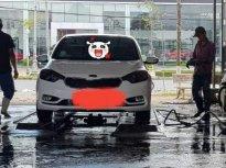 Cần bán gấp Kia K3 1.6AT sản xuất năm 2016, màu trắng, xe nhập giá 550 triệu tại Cần Thơ