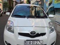 Cần bán lại xe Toyota Yaris 1.3 AT năm 2010, màu trắng  giá 390 triệu tại Bình Dương