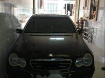 Bán Mercedes E220 2004, màu đen, chưa hề đâm đụng, máy móc êm ái giá 235 triệu tại Tp.HCM