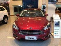 Bán xe Ford Focus 1.5 Titanium 2019, số tự động, máy xăng, màu đỏ giá 700 triệu tại Hà Nội